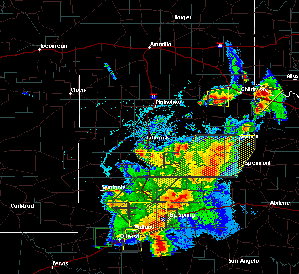 Radar Image for Severe Thunderstorms near Guthrie, TX at 5/15/2020 5:14 PM CDT