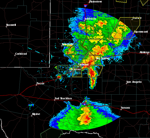 Radar Image for Severe Thunderstorms near Odessa, TX at 5/15/2020 5:25 PM CDT