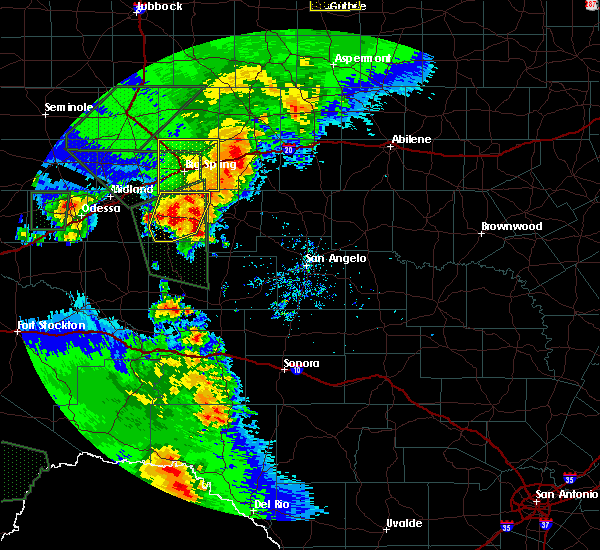Radar Image for Severe Thunderstorms near Loraine, TX at 5/15/2020 6:07 PM CDT