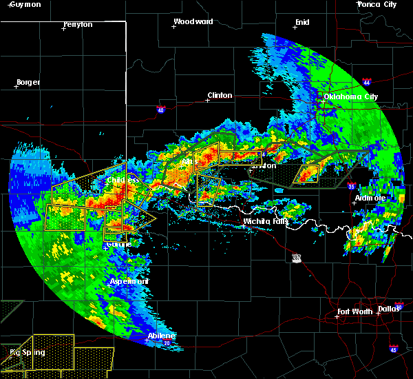 Radar Image for Severe Thunderstorms near Crowell, TX at 5/15/2020 6:27 PM CDT