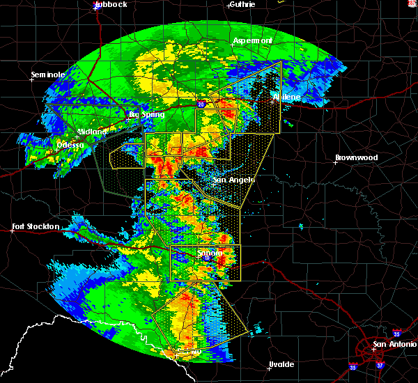 Radar Image for Severe Thunderstorms near Sterling City, TX at 5/15/2020 7:17 PM CDT