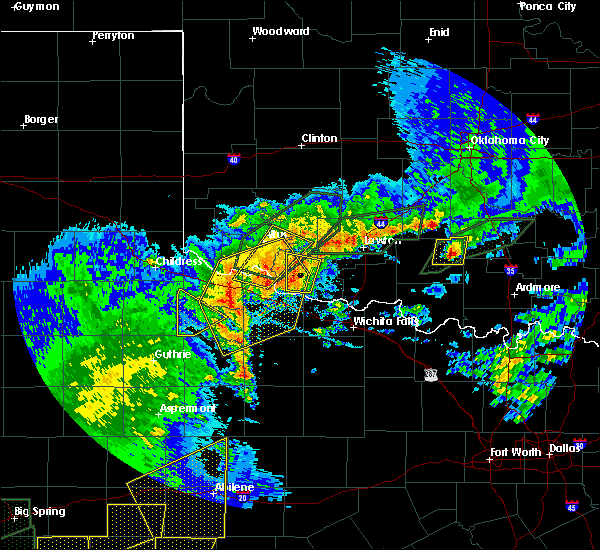 Radar Image for Severe Thunderstorms near Chillicothe, TX at 5/15/2020 7:20 PM CDT