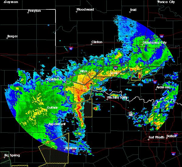 Radar Image for Severe Thunderstorms near Vernon, TX at 5/15/2020 7:37 PM CDT