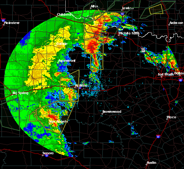 Radar Image for Severe Thunderstorms near Throckmorton, TX at 5/15/2020 7:52 PM CDT