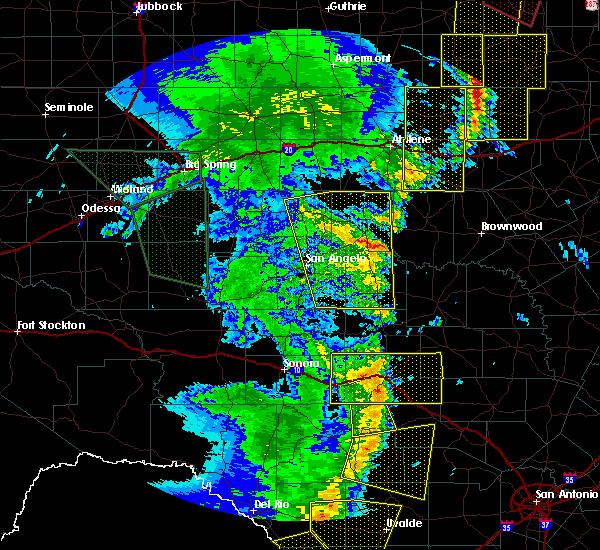 Radar Image for Severe Thunderstorms near Eden, TX at 5/15/2020 8:22 PM CDT
