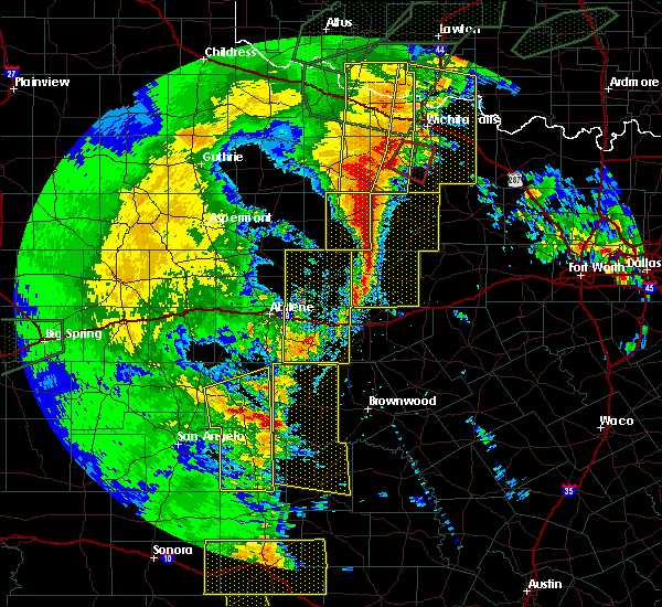 Radar Image for Severe Thunderstorms near Santa Anna, TX at 5/15/2020 8:34 PM CDT
