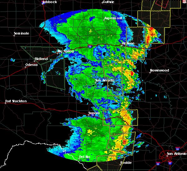 Radar Image for Severe Thunderstorms near Ballinger, TX at 5/15/2020 8:50 PM CDT
