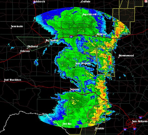 Radar Image for Severe Thunderstorms near Ballinger, TX at 5/15/2020 8:56 PM CDT