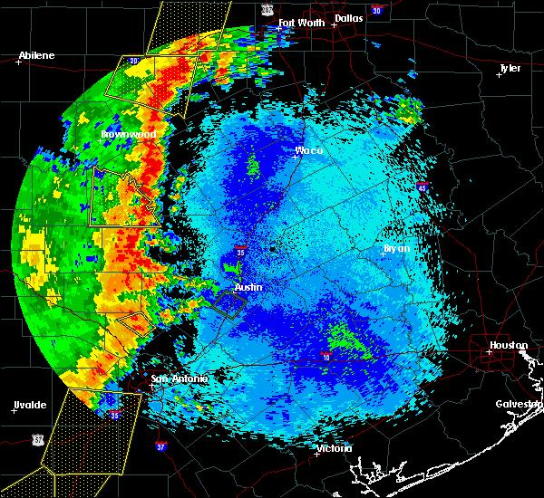 Radar Image for Severe Thunderstorms near San Saba, TX at 5/15/2020 10:20 PM CDT
