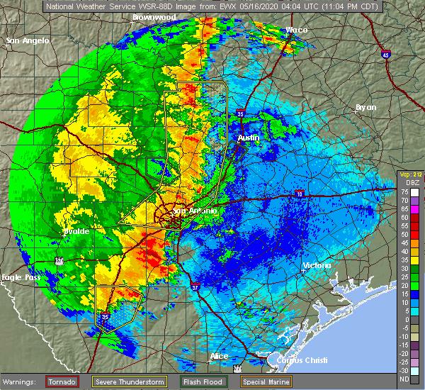 Radar Image for Severe Thunderstorms near Stockdale, TX at 5/15/2020 11:11 PM CDT
