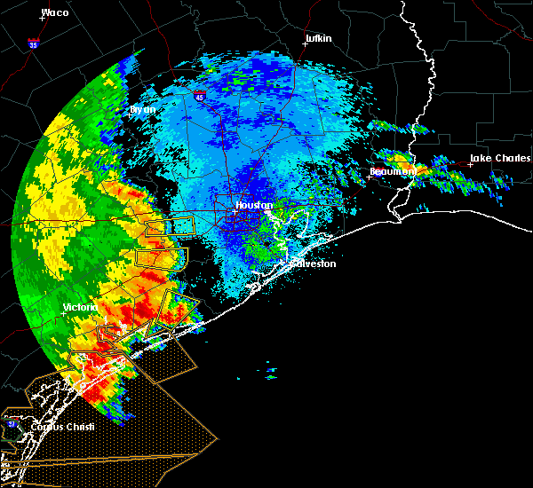 Radar Image for Severe Thunderstorms near Damon, TX at 5/16/2020 2:44 AM CDT
