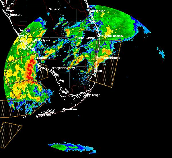 Radar Image for Severe Thunderstorms near Pine Ridge, FL at 5/18/2020 5:31 PM EDT