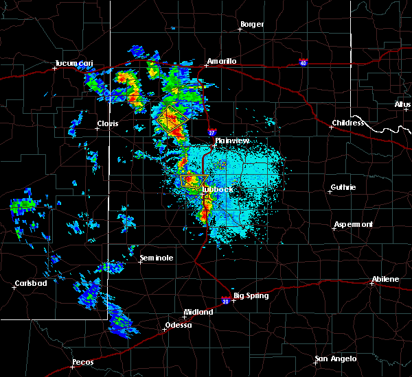 Radar Image for Severe Thunderstorms near Spade, TX at 5/19/2020 8:03 PM CDT