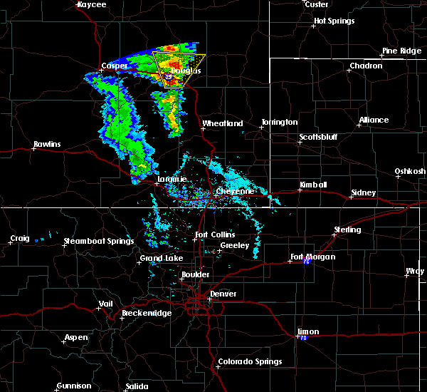 Radar Image for Severe Thunderstorms near Douglas, WY at 5/20/2020 3:24 PM MDT