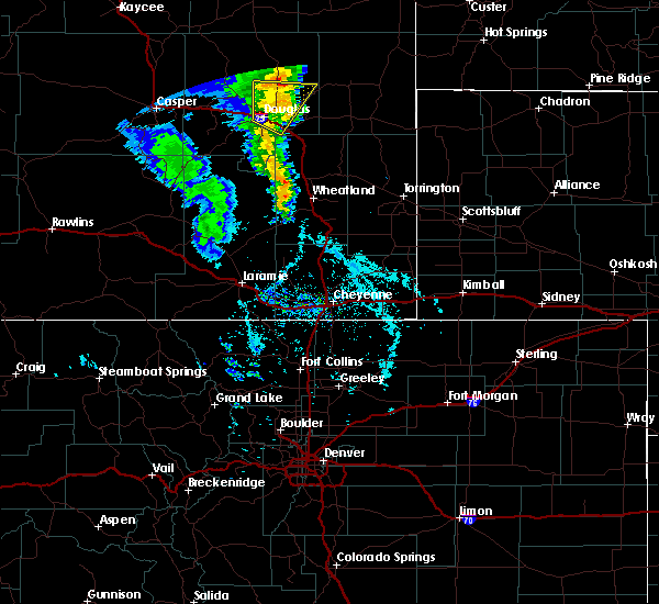 Radar Image for Severe Thunderstorms near Douglas, WY at 5/20/2020 3:43 PM MDT