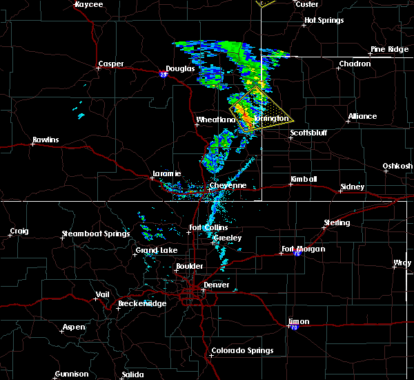 Radar Image for Severe Thunderstorms near Lingle, WY at 5/20/2020 5:48 PM MDT