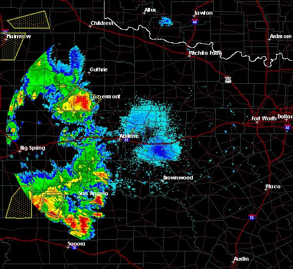 Radar Image for Severe Thunderstorms near Aspermont, TX at 5/20/2020 8:11 PM CDT