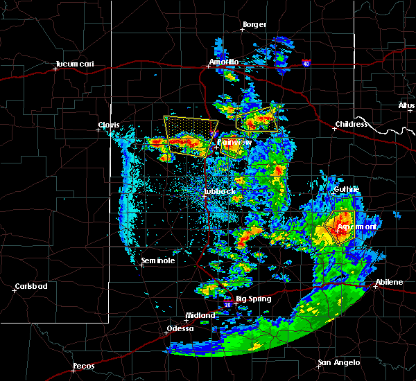 Radar Image for Severe Thunderstorms near Hart, TX at 5/20/2020 8:44 PM CDT