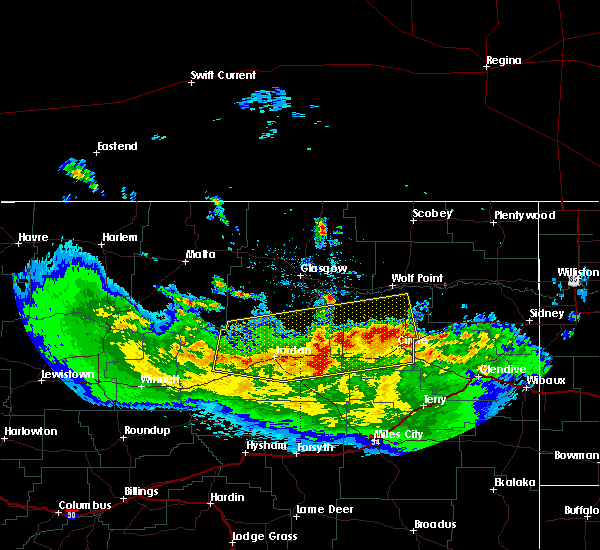 Radar Image for Severe Thunderstorms near Wolf Point, MT at 5/20/2020 8:47 PM MDT