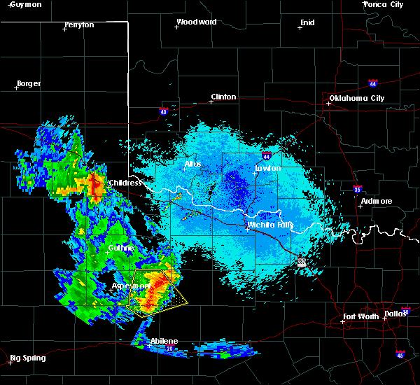 Radar Image for Severe Thunderstorms near Estelline, TX at 5/20/2020 10:13 PM CDT