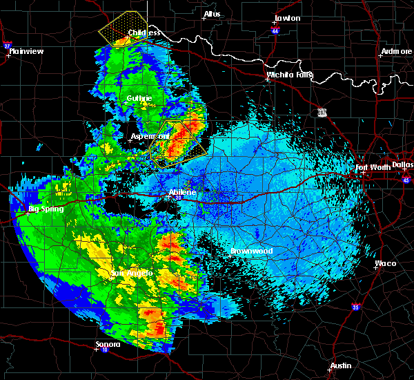 Radar Image for Severe Thunderstorms near Stamford, TX at 5/20/2020 10:30 PM CDT