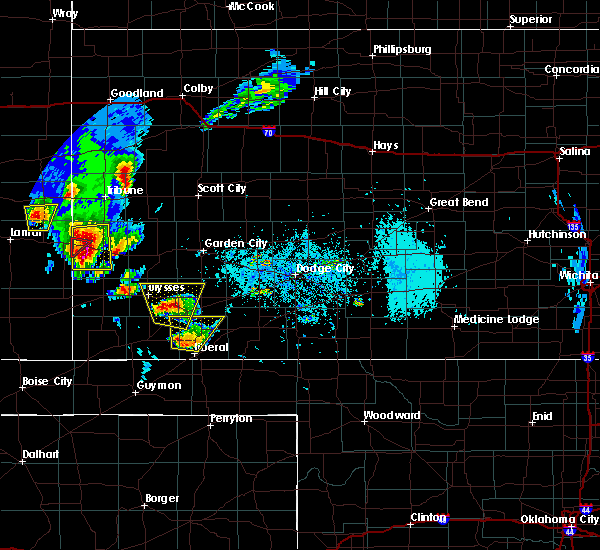 Radar Image for Severe Thunderstorms near Ulysses, KS at 5/21/2020 6:05 PM CDT