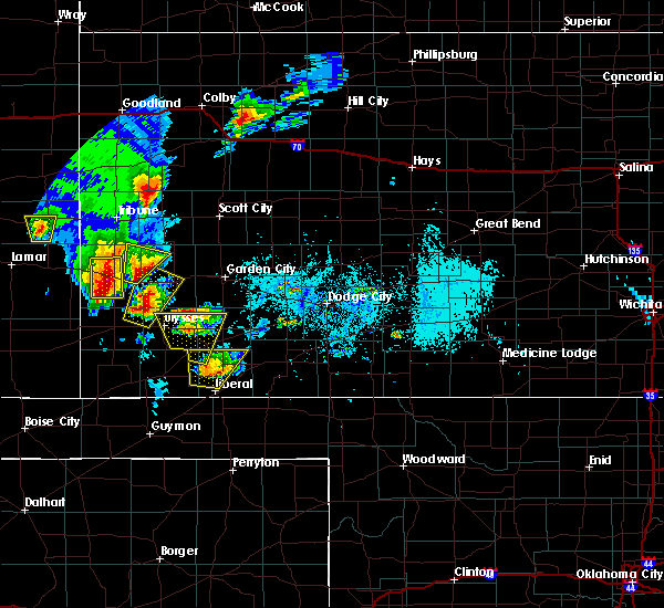 Radar Image for Severe Thunderstorms near Ulysses, KS at 5/21/2020 6:25 PM CDT