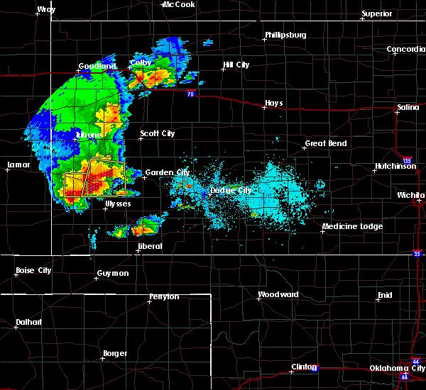 Radar Image for Severe Thunderstorms near Lakin, KS at 5/21/2020 7:10 PM CDT