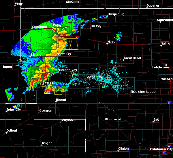 Radar Image for Severe Thunderstorms near Ulysses, KS at 5/21/2020 8:04 PM CDT