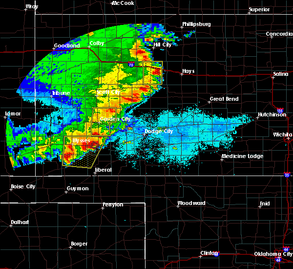 Radar Image for Severe Thunderstorms near Ulysses, KS at 5/21/2020 9:29 PM CDT