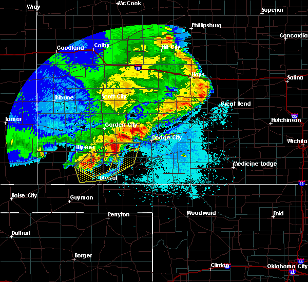 Radar Image for Severe Thunderstorms near Spearville, KS at 5/21/2020 10:34 PM CDT