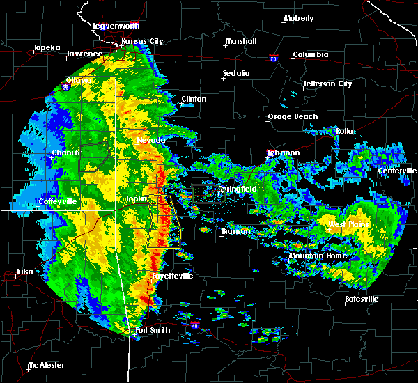 Radar Image for Severe Thunderstorms near Cassville, MO at 5/22/2020 10:11 AM CDT