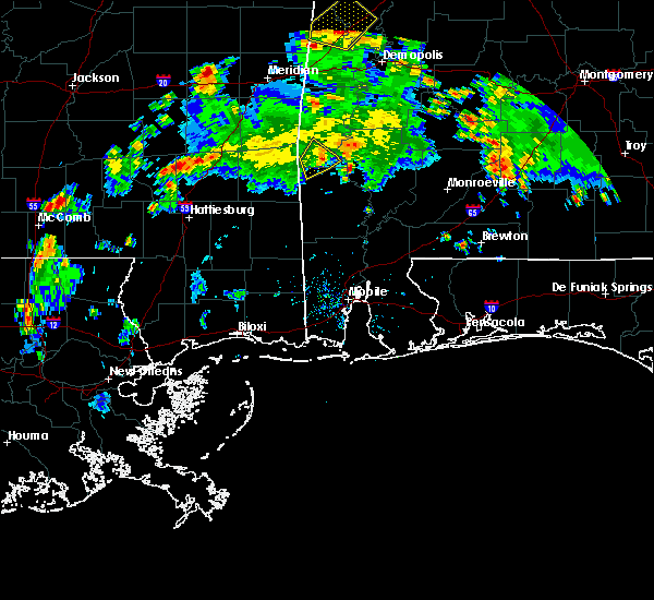Radar Image for Severe Thunderstorms near Silas, AL at 5/22/2020 5:10 PM CDT