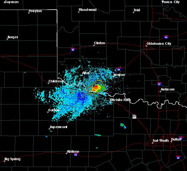 Radar Image for Severe Thunderstorms near Grandfield, OK at 5/22/2020 5:22 PM CDT