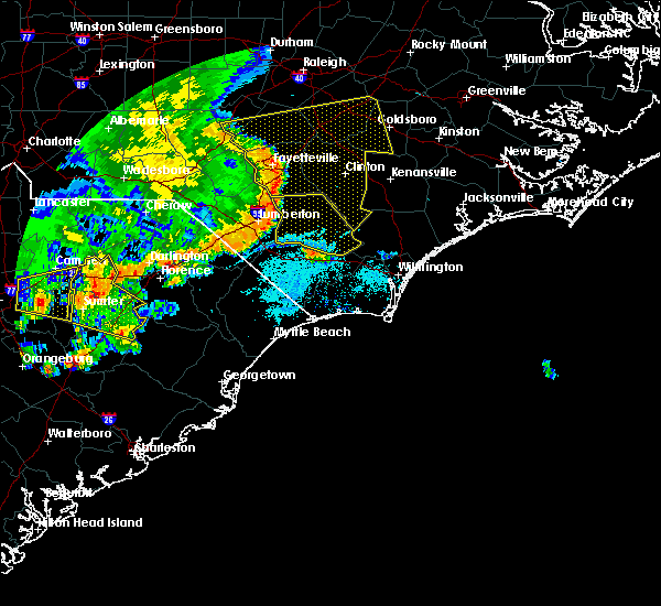 Radar Image for Severe Thunderstorms near Lumberton, NC at 5/22/2020 6:35 PM EDT