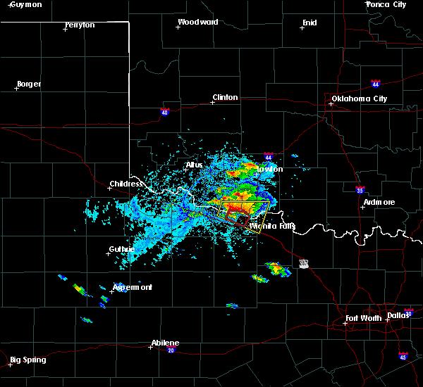 Radar Image for Severe Thunderstorms near Wichita Falls, TX at 5/22/2020 6:19 PM CDT
