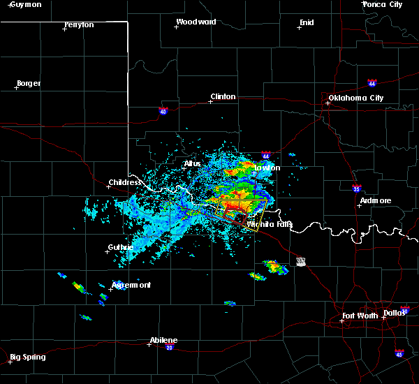 Radar Image for Severe Thunderstorms near Medicine Park, OK at 5/22/2020 6:23 PM CDT