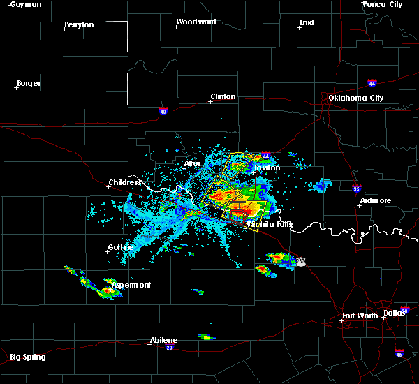 Radar Image for Severe Thunderstorms near Wichita Falls, TX at 5/22/2020 6:38 PM CDT