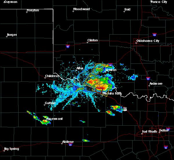 Radar Image for Severe Thunderstorms near Frederick, OK at 5/22/2020 6:40 PM CDT