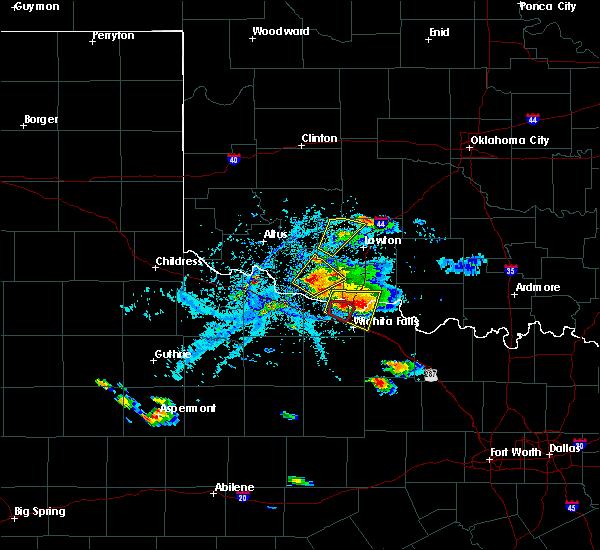Radar Image for Severe Thunderstorms near Wichita Falls, TX at 5/22/2020 6:51 PM CDT