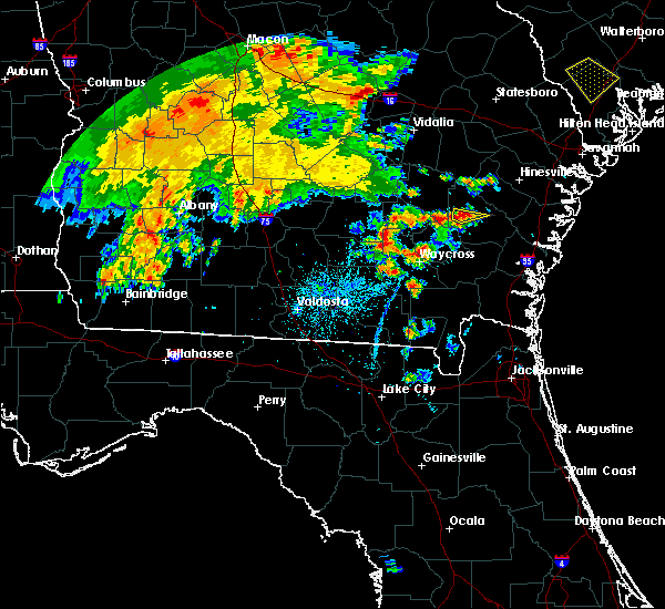 Radar Image for Severe Thunderstorms near Jesup, GA at 5/22/2020 8:36 PM EDT