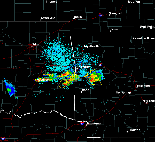 Radar Image for Severe Thunderstorms near Ratcliff, AR at 5/22/2020 7:58 PM CDT