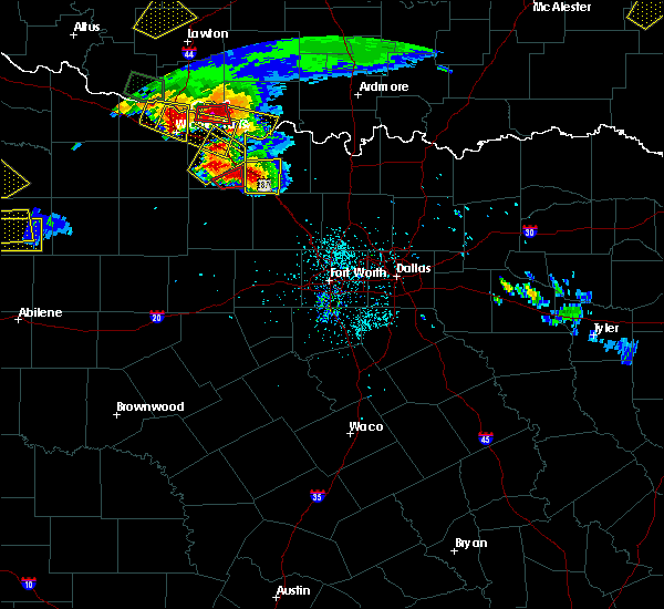 Radar Image for Severe Thunderstorms near Montague, TX at 5/22/2020 7:59 PM CDT