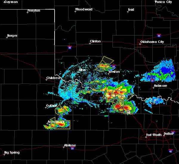Radar Image for Severe Thunderstorms near Wichita Falls, TX at 5/22/2020 8:17 PM CDT