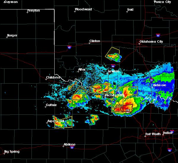 Radar Image for Severe Thunderstorms near Vernon, TX at 5/22/2020 9:08 PM CDT