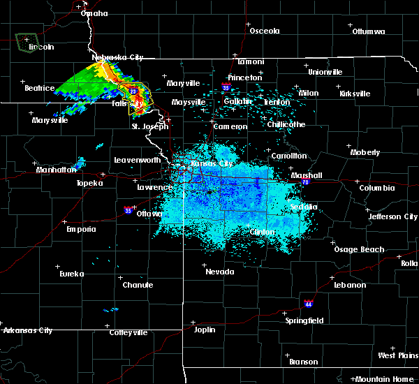 Radar Image for Severe Thunderstorms near Savannah, MO at 5/22/2020 9:10 PM CDT