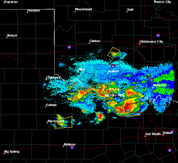 Radar Image for Severe Thunderstorms near Cornish, OK at 5/22/2020 9:23 PM CDT