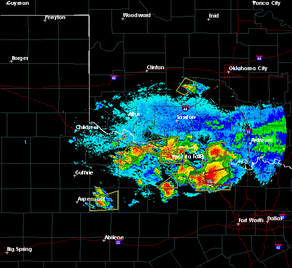 Radar Image for Severe Thunderstorms near Electra, TX at 5/22/2020 9:33 PM CDT