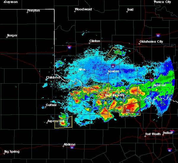 Radar Image for Severe Thunderstorms near Cornish, OK at 5/22/2020 9:38 PM CDT