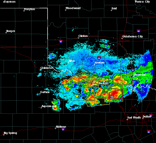 Radar Image for Severe Thunderstorms near Cashion Community, TX at 5/22/2020 9:40 PM CDT